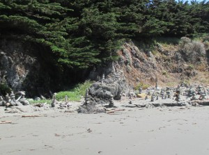 Rock art at Shell Beach by Roxanne Holmes