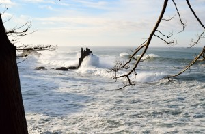 Big wave hits Castle Rock 2.4.16 by Richard Hansen