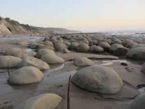 bowling-ball-beach-2015-january-040-by-terry-bold